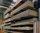Barras de madeira.