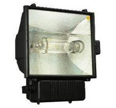 Jet 1000 è um projetor para iluminação externa, de