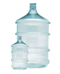 Garrafões- para água mineral com volumes de 10