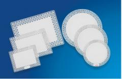 Bandejas plásticas desenvolvidas para acondicionar