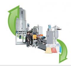 Linha completa para reciclagem de termoplásticos.