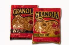 Granola Açaí Expresso é feita de cereais selecionados, incorporando assim, à sua fórmula, fibras de alta qualidade.
