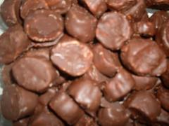 Balas de Coco com Recheio de Chocolate