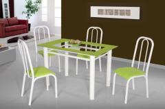 Conjuntos de mesas e cadeiras