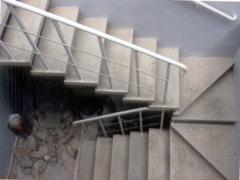 Escadas em U e J