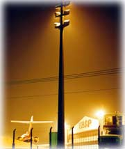 Postes para iluminaçao