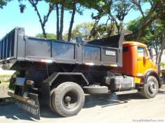 Caçamba Basculante Caminhão Toco