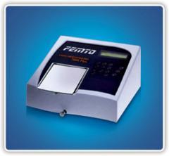 Espectrofotômetro 700PLUS UV-VIS