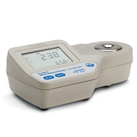 Refratômetro para análises de Vinhos