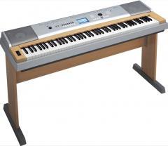 Piano Digital Yamaha Dgx630