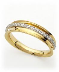 Aliança com ouro com diamantes