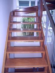 Escada suspensa de Cumaru