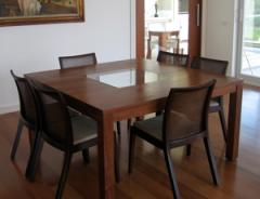 Mesa de jantar em Imbuia