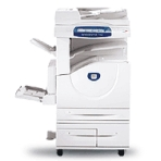 O multifuncional Xerox WorkCentre 7132