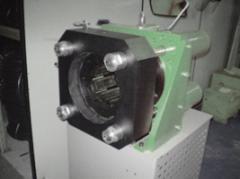 Máquina Industrial de Prensagem