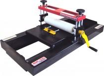 Maquina manual de corte e vinco modelo BMC-030