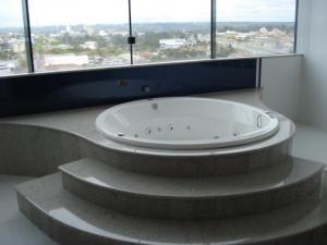Banheiras em granito