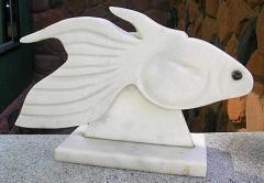 Estatueta em marmore