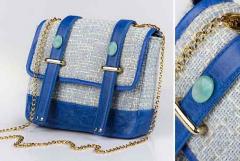Bolsa de têxteis com couro e pedras preciosas