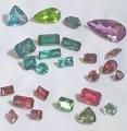Камни драгоценные, ювелирные изделия из них