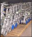 Válvulas industriais de aço carbono, ferro fundido, do tipo gaveta .