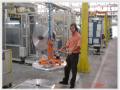 Manipulador de bobinas de alumínio - manipulador com giro pneumático 90º e fixação à vácuo.