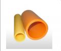 Tubos em polietileno de alta densidade (PEAD) para passagem e distribuição de gás natural/combustível.