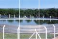 Reservatório australiano - desenvolvido para armazenar água nos sistemas de divisão de pastagens e de irrigação das propriedades agrícolas.