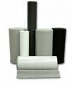 Feltros e nãotecidos em mantas e rolos - prensados planos de lã natural de carneiro e nãotecidos sintéticos, agulhados ou spunlaced (entrelaçados por jato d'água).