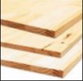 Painéis de madeira (pinus) -  chapa de madeira produzida a partir de sarrafos colados.