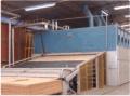 Secador contínuo de Lâminas  tem como objetivo a secagem de lâminas de madeira torneadas (nativa, eucalipto, pinus).