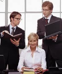 Encomenda Serviços de consultores sobre marketing e apoio informativo da exportação