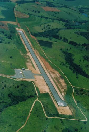 Encomenda Construção do Aeroporto de Campo Belo