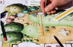 Encomenda Planeamento de relevo de jardim