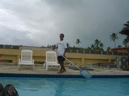 Encomenda Manutenção de piscinas