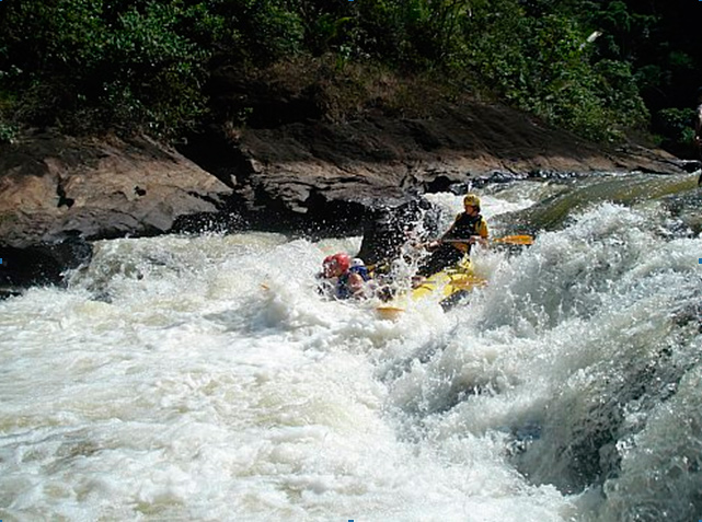 Encomenda Rafting nas montanhas