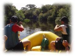 Passeio de Bote no Rio Camisas