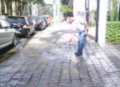 Limpeza de calçadas