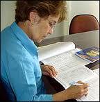 Reparos e contenções em documentos ou livros