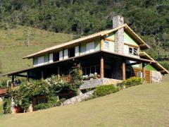Construção de casas de campo, moradias em fazendas