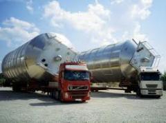 Autotransporte das cargas pesadas de nao gabari