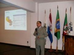 Serviços de consultores sobre marketing e apoio informativo da exportação