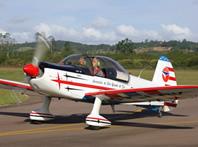 Curso de formação de piloto de acrobacia aérea