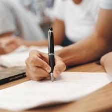 Serviços de centros de educação em preparação para