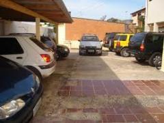 Garagem em hotel