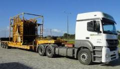 Movimentação e transporte de cargas pesadas