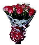 Entregas de Bouquet com 12 Rosas