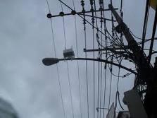 Instalação do dispositivo de suporte de cabos