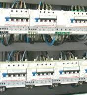 Instalação elétrica direcionada para equipamentos