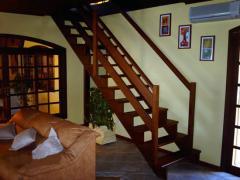 Instalação de estruturas de madeira e componentes